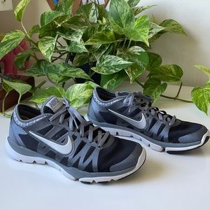 🆕Nike Training Flex Supreme TR3 Sneakers size 6.5
